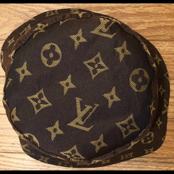 Monogram Lv Bucket Hat